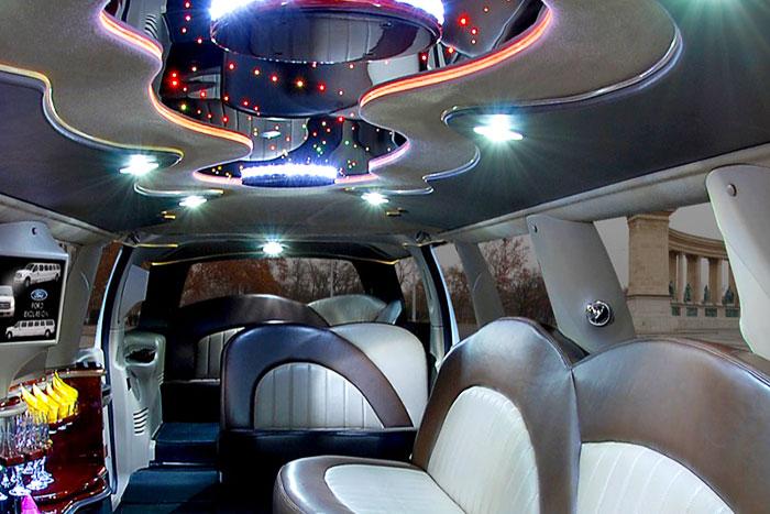 Party limuzin bérlés Budapest - Ford limuzin