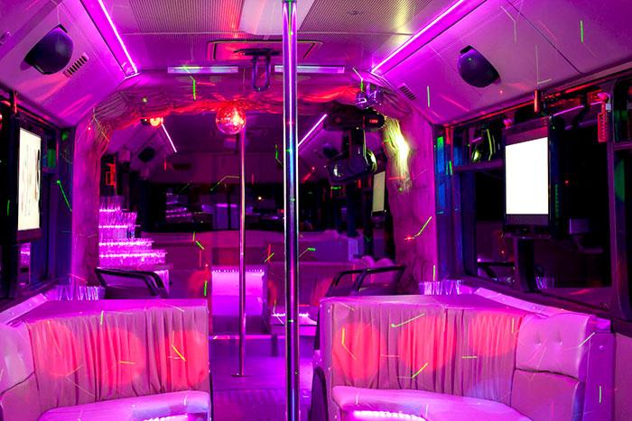 Party busz bérlés Budapest - Mercedes party busz